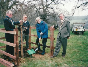 MilleniumTree Planting - Welwyn Natural History Society Sponsored tree.